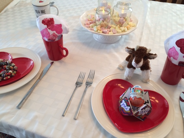 The Perfect Valentine's Day Table & Gifts