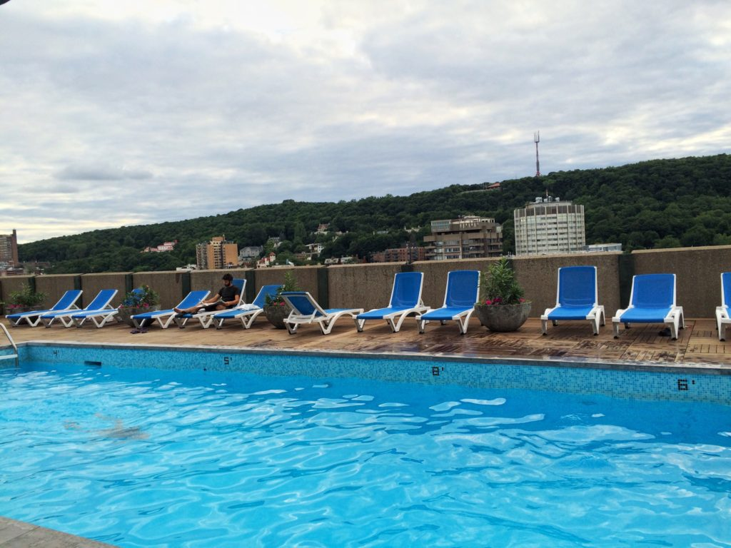 Le Cantlie Suites has a beautiful rooftop pool -- read more at IDontBlog.ca